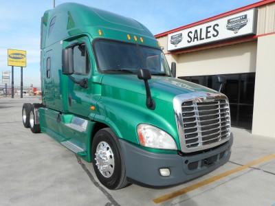 Sleeper-Freightliner-Cascadia 125