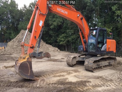 Excavators-Hitachi-ZX210LC-