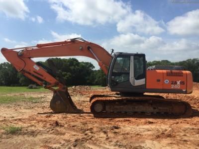 Excavators-Hitachi-ZX240LC